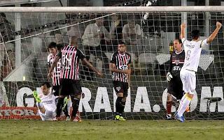 Edu Dracena marca contra São Paulo