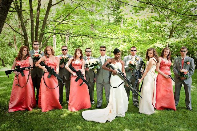 необычная свадьба все с оружием