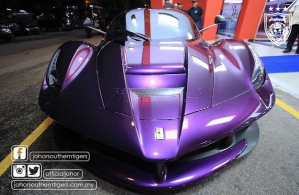 LaFerrari milik TMJ bewarna ungu yang sungguh menawan