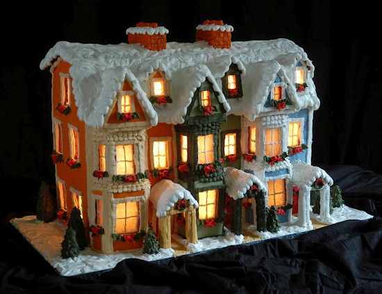 A Gower Street Christmas - Detailed Instructions for making a gingerbread house.