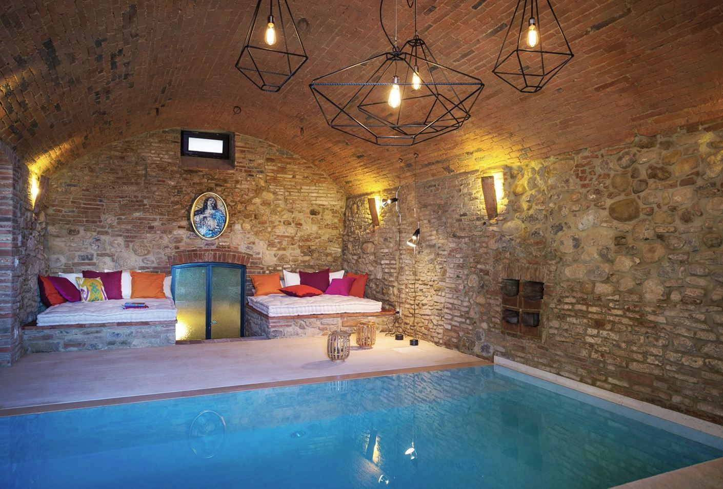 The mazzini 31 hotel in umbria overlooking the coutryside for Hotels in orvieto with swimming pool