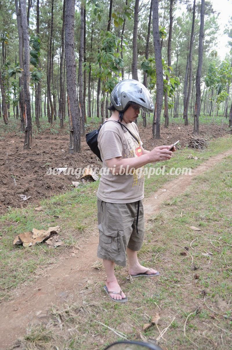 Cara Mudah Mencari Sinyal Di Tengah Hutan