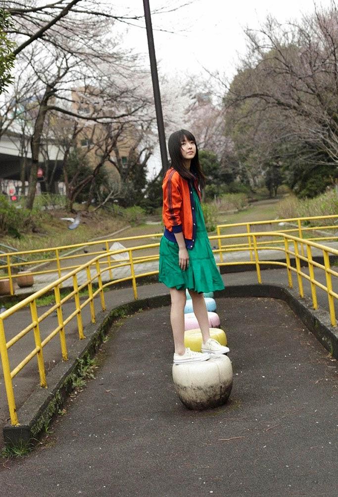 beautiful japanese teen rina aizawa 02
