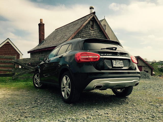 2015 Mercedes-Benz GLA250 4Matic rear black