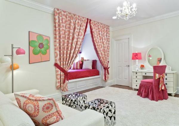 Dormitorio colorido y alegre para chica dormitorios con - Lienzos para dormitorios ...