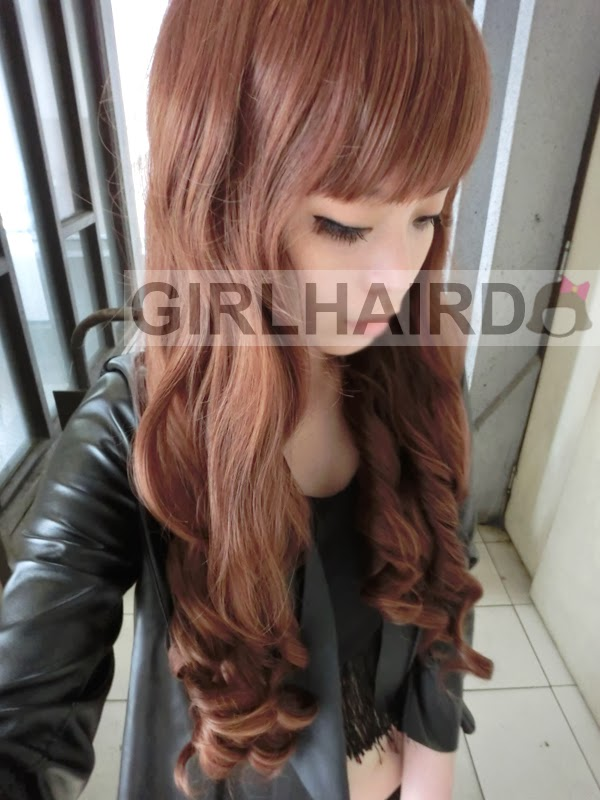 http://3.bp.blogspot.com/-U0joUA0zLSs/UyGFiRoyPQI/AAAAAAAARoA/fkRI7tjiFKg/s1600/CIMG0004+girlhairdo+wig+shop+where+to+buy+wig+nice+curly+long+wig+singapore+hair+extensions.JPG