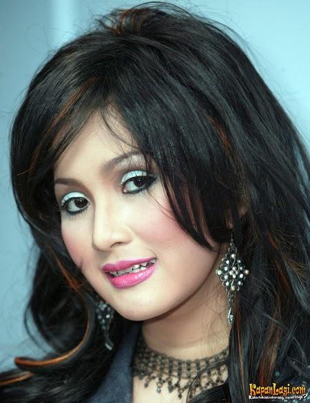 Daftar Nama Penyanyi Dangdut Indonesia Paling SEXY