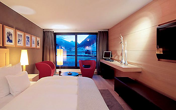 Standing ovation design luxury hotel room for Designhotel roomers