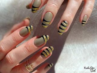 Tuto nail art tigré facile au liner débutant