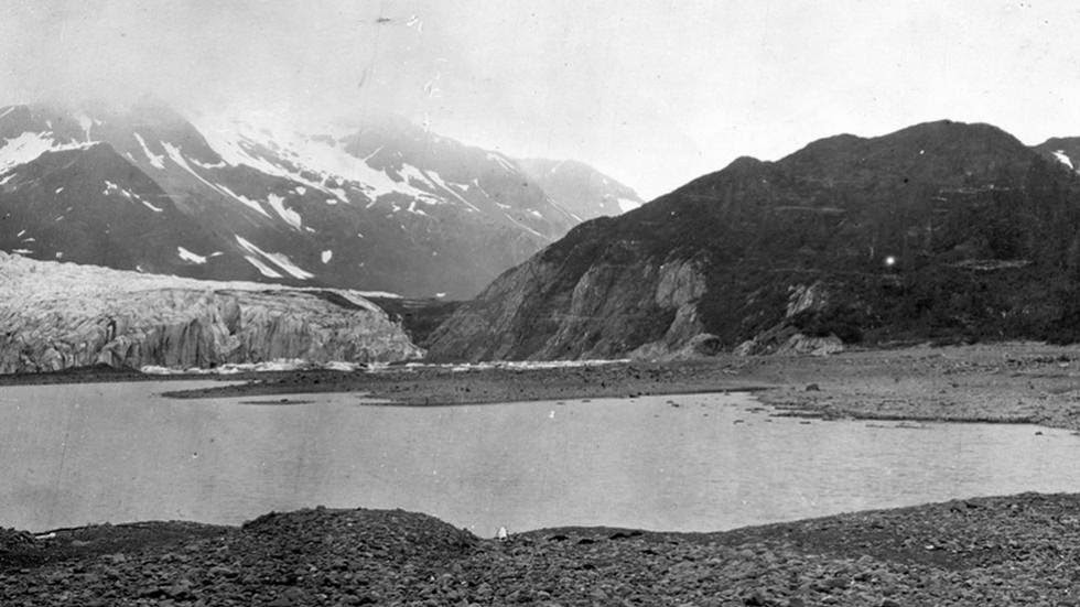 Pedersen Glacier (1909) - Photos of Alaska Then And Now. Get Ready to Be Shocked When You See What it Looks Like Now.