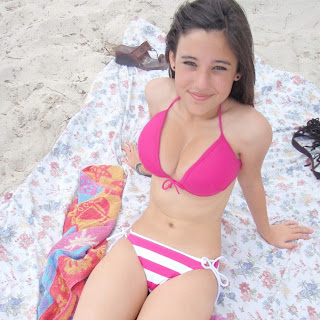 Angie Varona Sexyy Pictures 005
