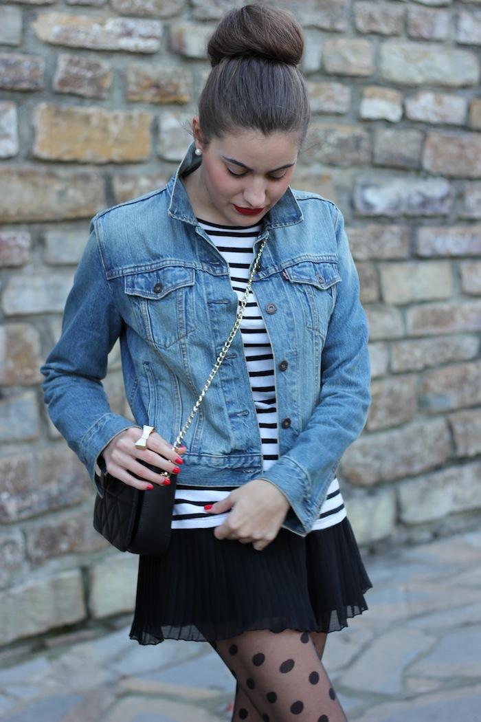 streetstyle_look_style_fashion_moda_outfit_blogger_fashionblogger_moño_peinado_chaqueta_vaquera_medias_punto_angicupcakes14