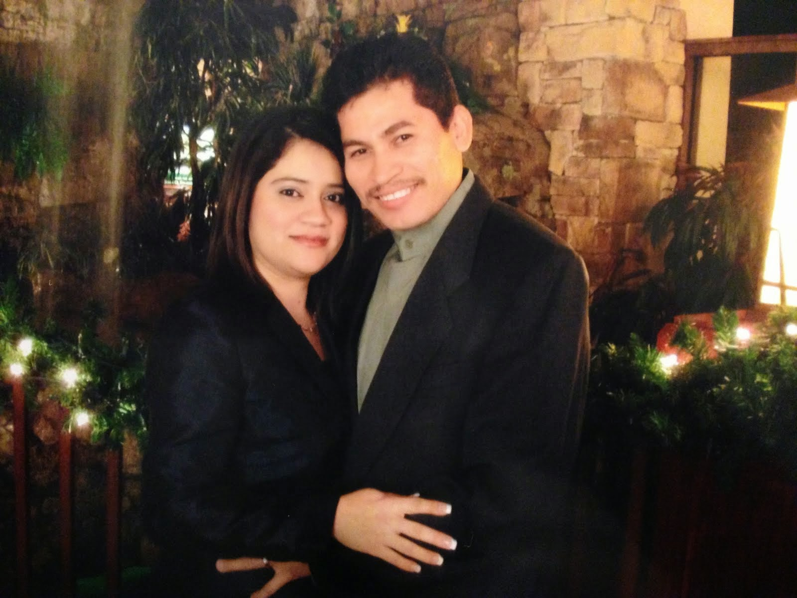 Pastores Ricardo Y Zulma Flores
