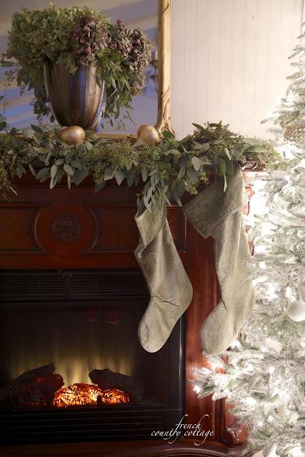 Christmas mantel Eucalyptus, hydrangeas silver gold