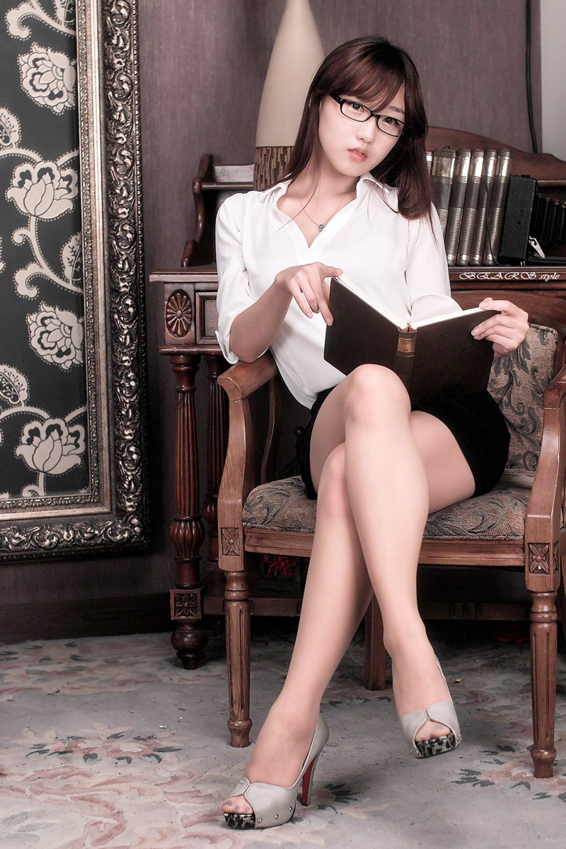 so yeon yang  office lady
