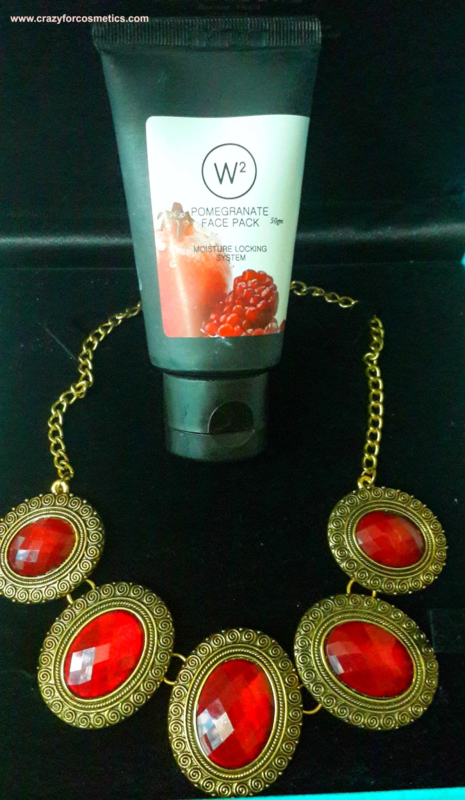 W 2 pomegranate face mask-W 2 pomegranate face mask review-jabong online shopping India-W2 products online India