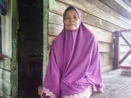 Kisah Umi Kalsum Diselamatkan Seekor Ular saat Tsunami Aceh