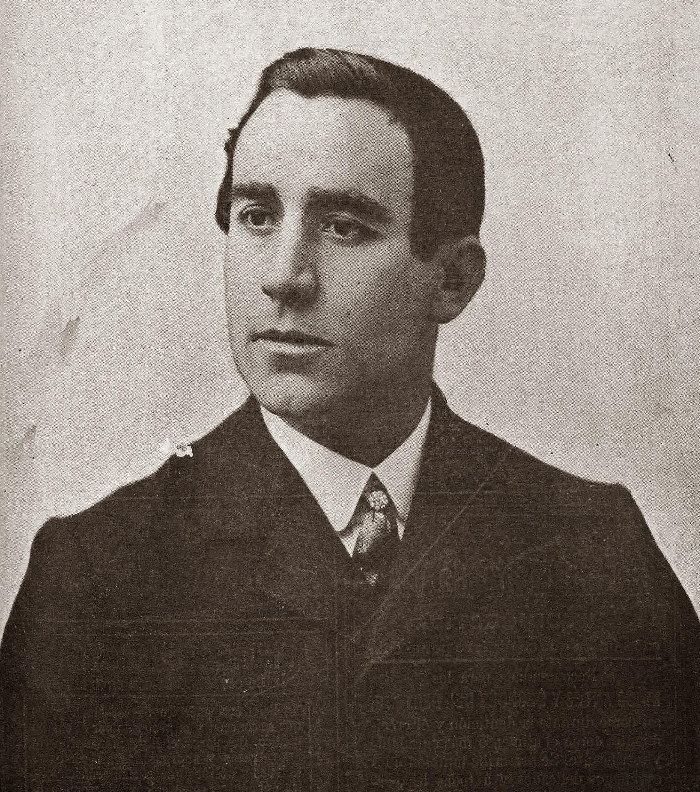 En 1908, entró al servicio de Ricardo Bomba, en ocasión de 1a retirada de Manuel. Antolín, manteniéndose en plenitud dé facultades y de acierto, ... - patatero