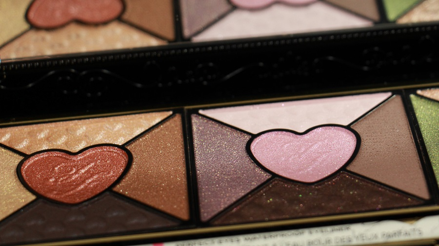close up fards love palette