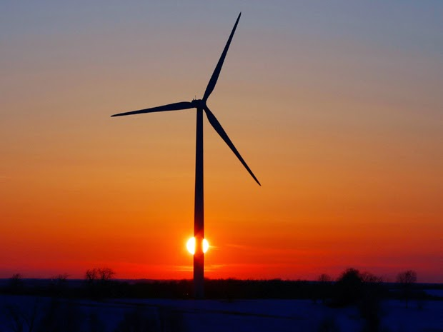 Wind turbine at sunset (Credit: Jeffrey Phelps/Corbis) Click to enlarge.