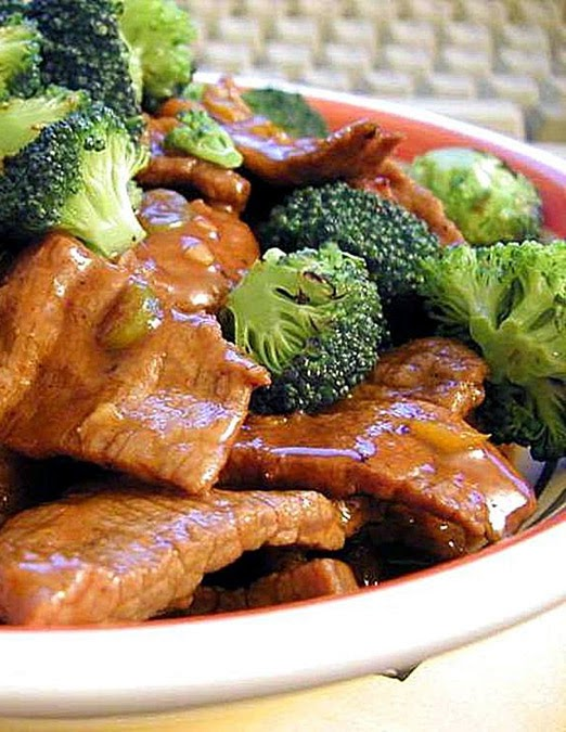 Amazing Pinterest world: Beef and broccoli stir fry