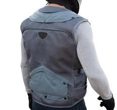 jaqueta de moto, airbag, airbag para moto, airbag moto, colete airbag, colete, colete moto, moto, velocidade, queda de moto, caindo da moto, motovelocidade, protecao, proteção, motoca, moto esportiva, cuidado, motociclista, motoqueiro