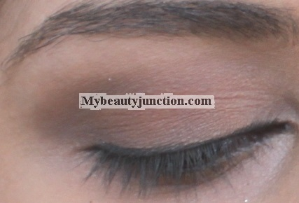 EOTD: Matte neutral smoky eye makeup look with Too Faced A Few Of My Favourite Things