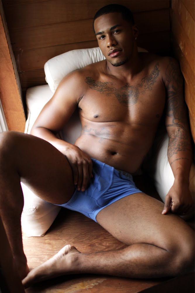male nude Thugz
