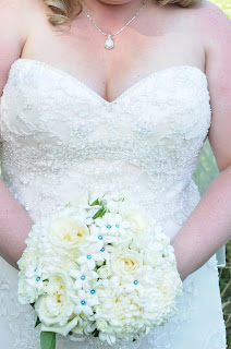 white and blue bridal bouquet