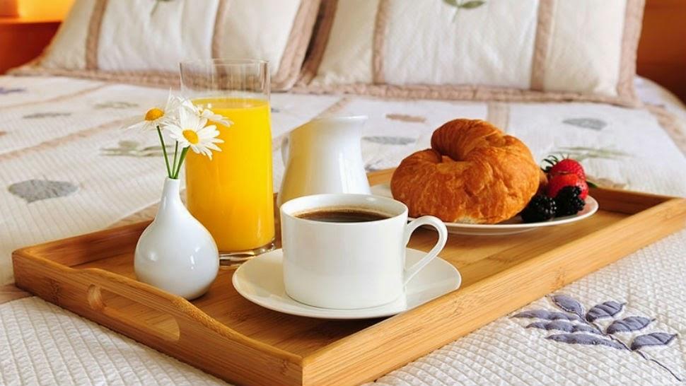 día de la madre - desayuno en la cama
