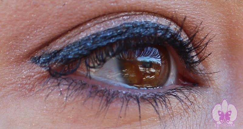 Look eyes