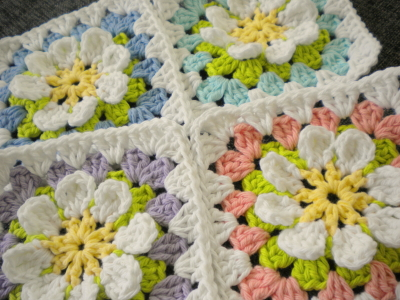 Harujion Design Free Pattern For A Flower Gardan Granny Square