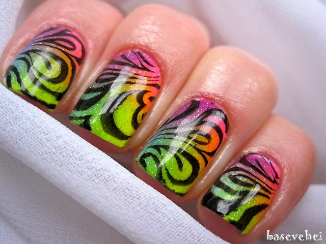 http://baseveheinails.blogspot.com/2014/05/colorfull-rainbow-nails.html