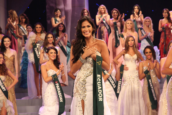 miss earth ecuador 2011