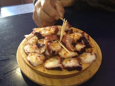 Tapa+de+pulpo+a+la+gallega #Pontevedratrip   Una invitación de lujo a las Terras de Pontevedra
