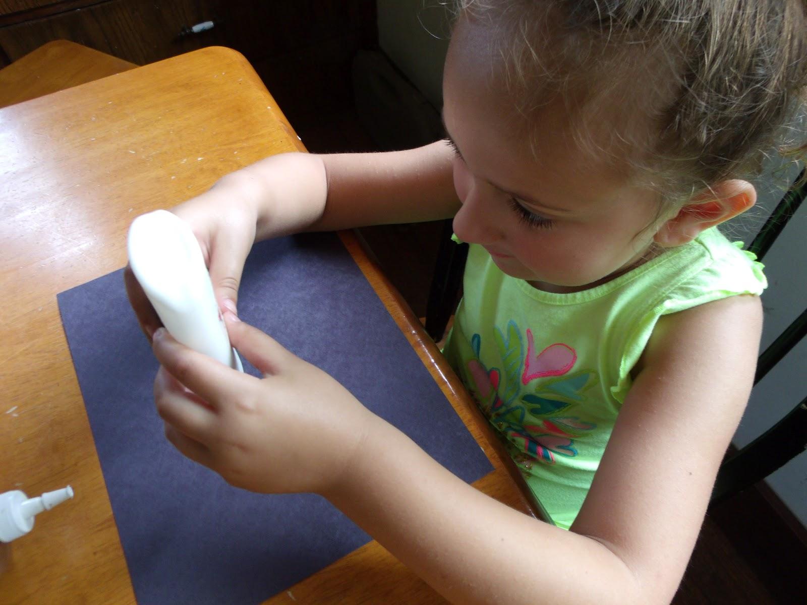 http://3.bp.blogspot.com/-U4qdfQyrkYc/T-4pXvlLCKI/AAAAAAAABIs/wYhmL_5MEs8/s1600/paper+glue.JPG
