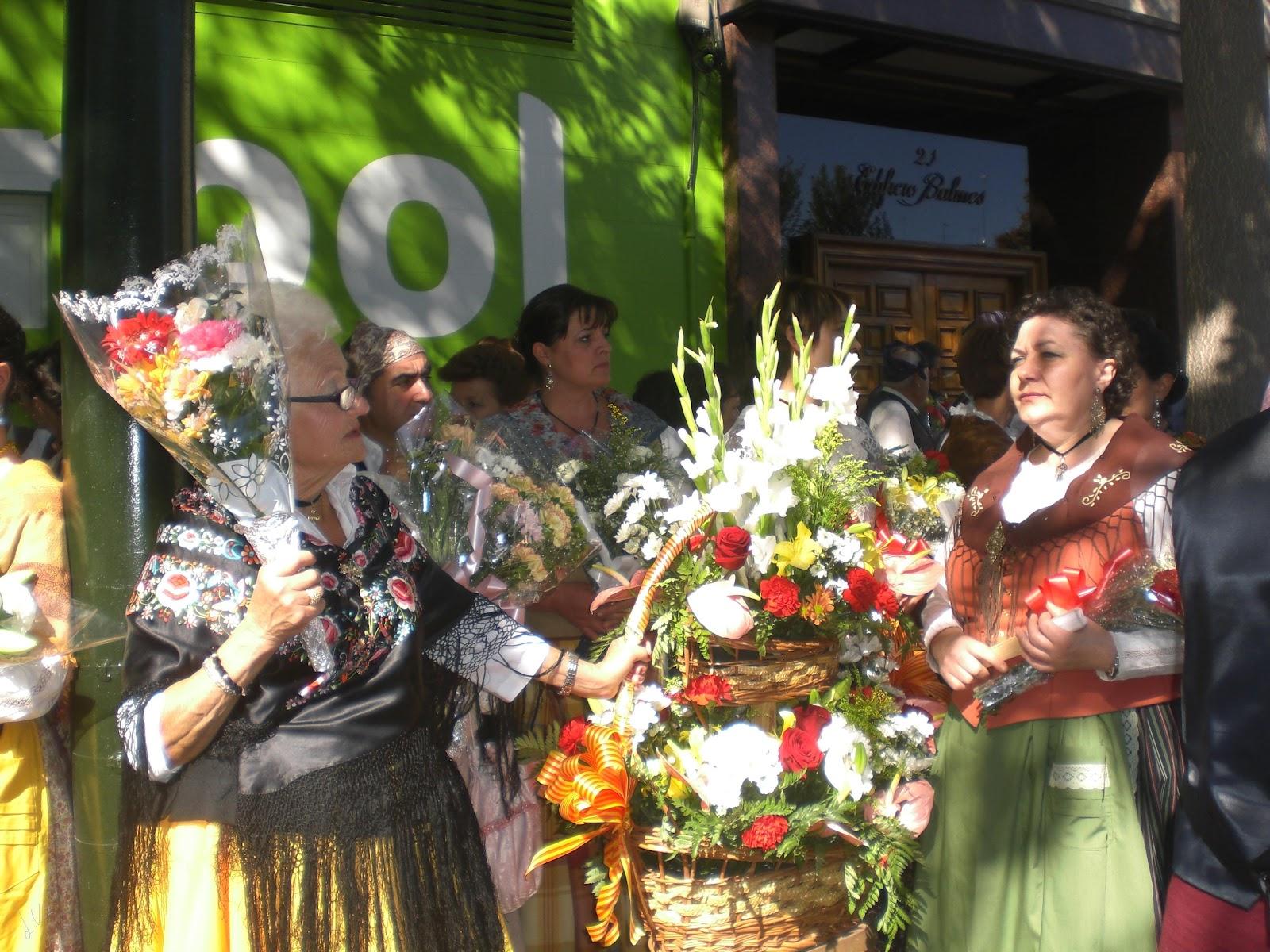 Ofrenda de Flores Zaragoza Evento Facebook - Fotos Ofrenda De Flores Zaragoza 2011