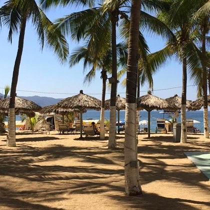 imagen de playa en Acapulco