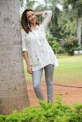 Lakshmi Manchu latest photo shoot gallery-thumbnail-16