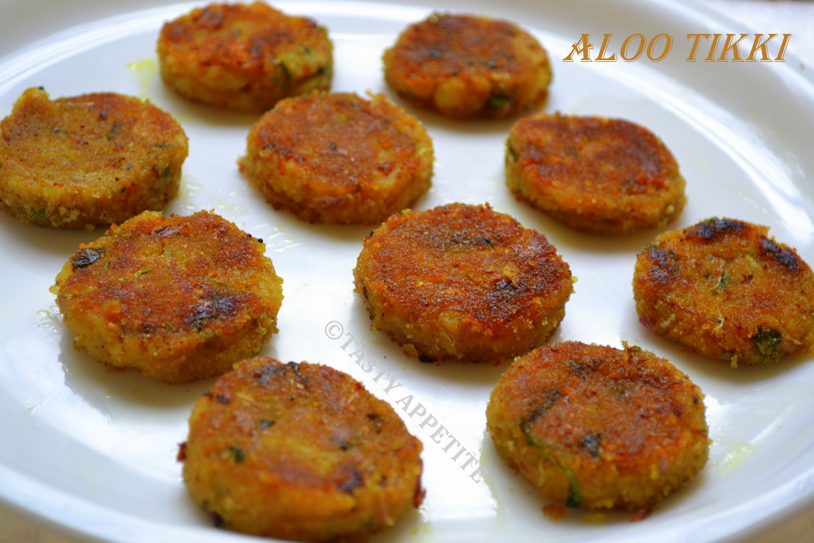 Aloo Tikki / Potato Cutlets: North Indian style recipe | Tasty ...