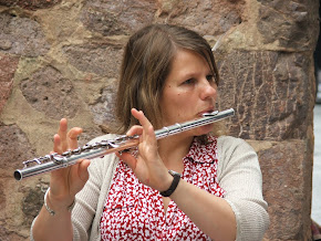 The lovely Caroline on flute