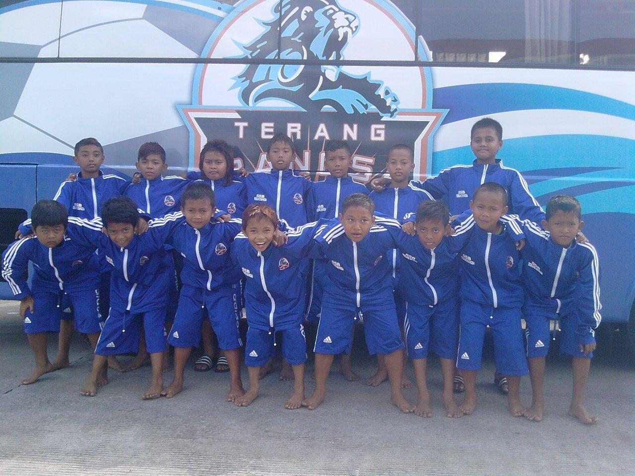 sekolah sepak bola terang bangsa