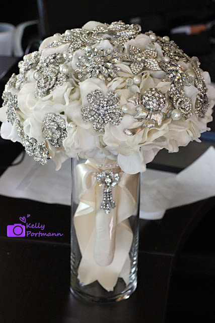 San Antonio Wedding Photographer, Broach Bouquet