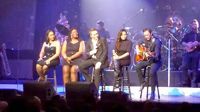 Johnny Reid in concert ~ Christmas 2013, pure bliss :: All Pretty Things