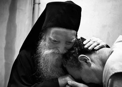 Η τιμή αλλά και η ευθύνη της ιεροσύνης, κατά τον ιερό Χρυσόστομο.