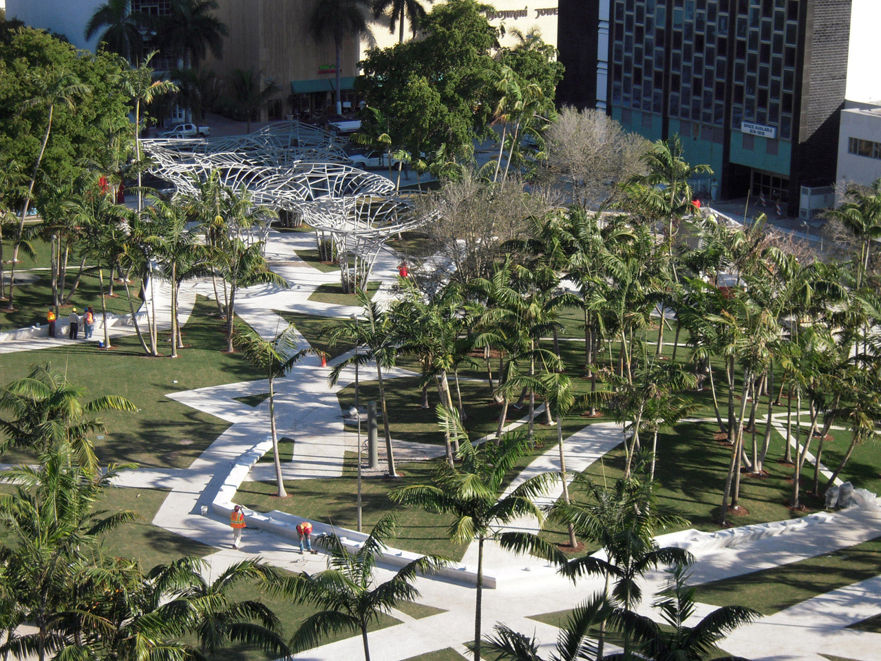 Miami beach soundscape lincoln park by west 8 housevariety for Urban landscape design