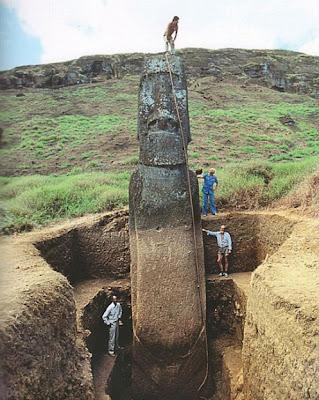 moái isla de Pascua, desenterrado