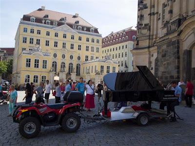Pianista itinerante (Dresde - Alemania)