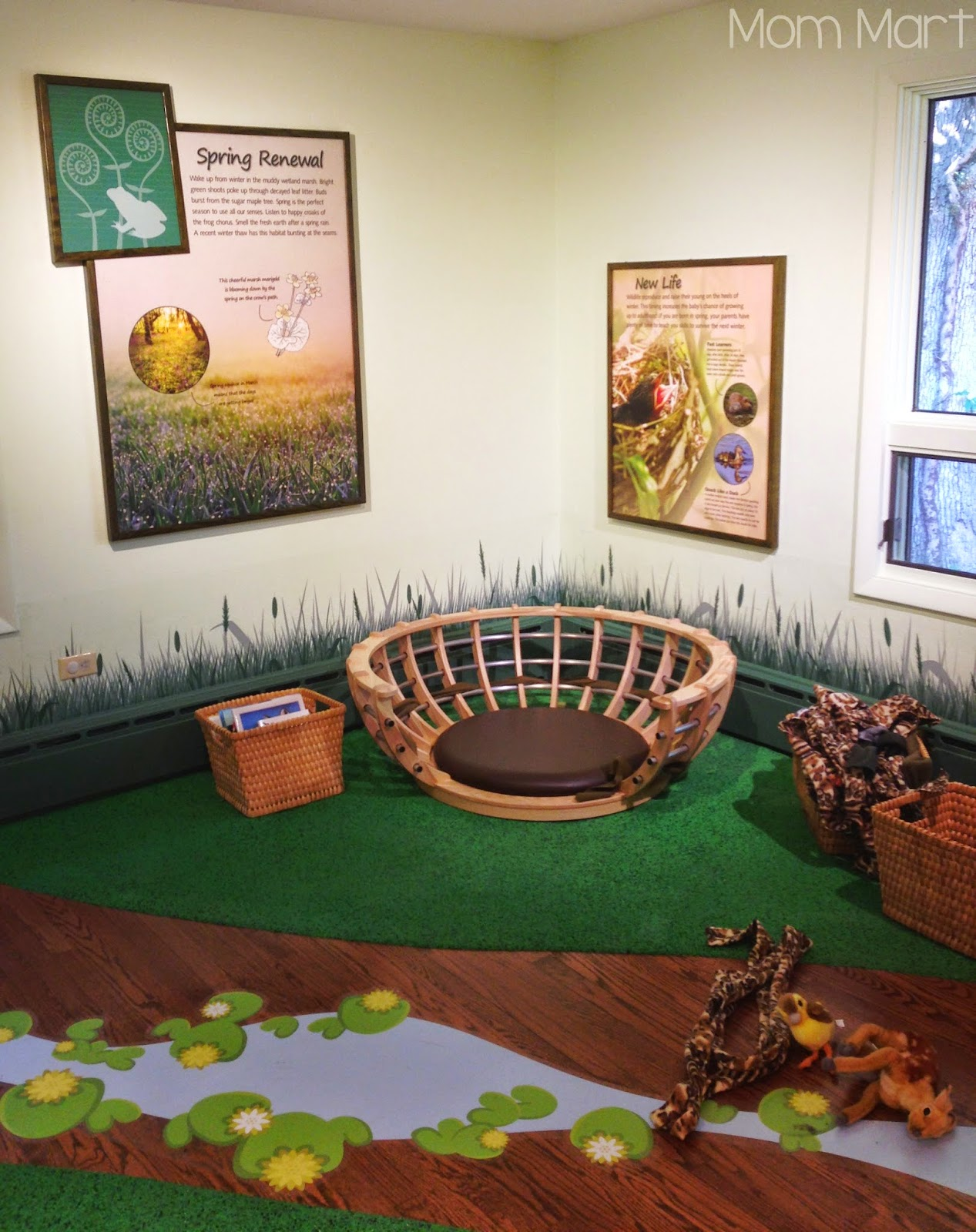 Fun and Free in Illinois: Red Oak Nature Center #Explore #Play #Interact #Read