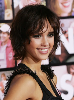 Short Wavy Hairstyles You Wish To Try in 2015 5